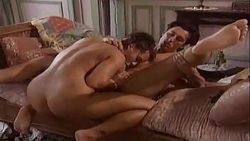 La bellezza italiana seduce il puro sesso anale
