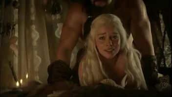 Il finale porno censurato tra Daenerys e Jon Nieve