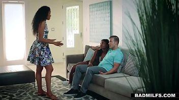 Madre nera e figlia condividono lo stesso fidanzato